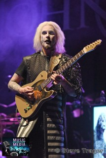 JOHN 5 PERFORMING LIVE AT THE KESWICK THEATRE, GLENDSIDE PA.004