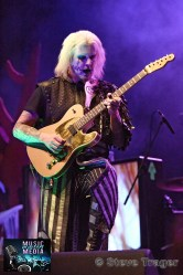 JOHN 5 PERFORMING LIVE AT THE KESWICK THEATRE, GLENDSIDE PA.006