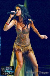 SELENA GOMEZ 2011 04