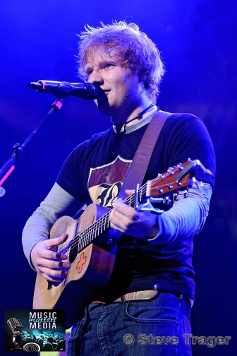 ED SHEERAN Q102 JINGLE BALL 2012 WELLS FARGO CENTER PHILADELPHIA PA 25
