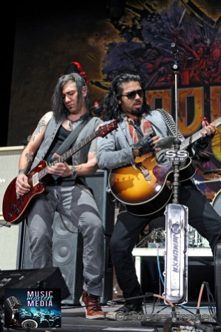 POP EVIL 93.3 WMMRBQ 2012 SUSQUEHANNA BANK CENTER CAMDEN NEW JERSEY 14