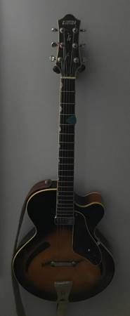 Gretch 3900 Hollow body Historic Series Guitar- 1999