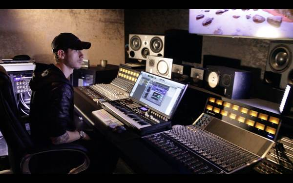 World-Class MUSIC PRODUCER – Work with the best!