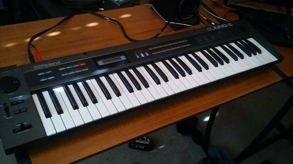 Roland Alpha Juno 2 Synth / Synthesizer