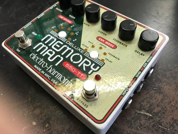 Electro Harmonic Deluxe Memory Man 550 Tap Tempo