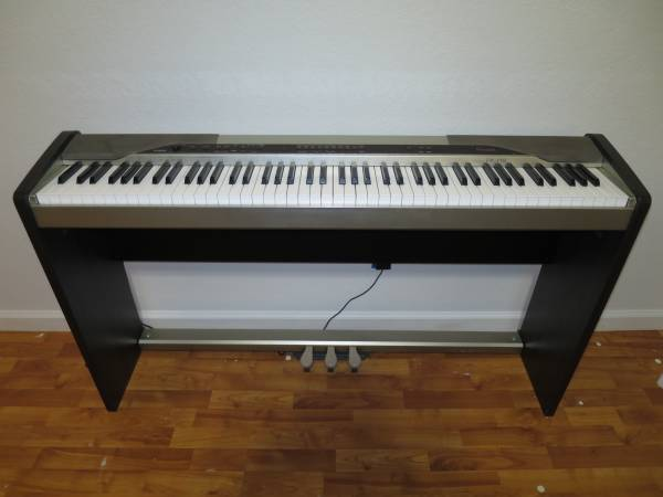Casio Digital Piano 88-Key Privia PX-110