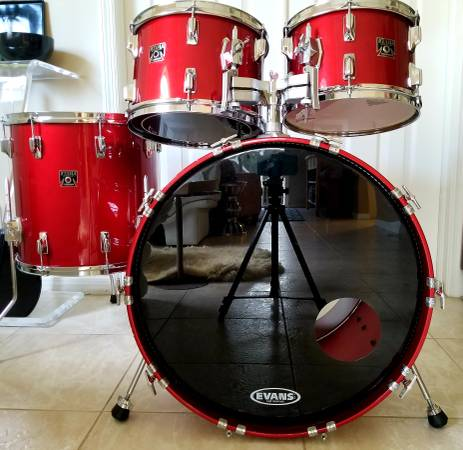 Tama Superstar drums 80s birch Candy Apple Red laquer