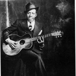 Jul 14, 2020· sweet home chicago, originally recorded by robert johnson and later by the blues brothers is a great exercise in playing the 12 bar blues on ukulele. Robert Johnson Sweet Home Chicago Sheet Music Notes Chords Piano Download Blues 42249 Pdf