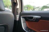 Volvo S60 T5 rear aircon vent