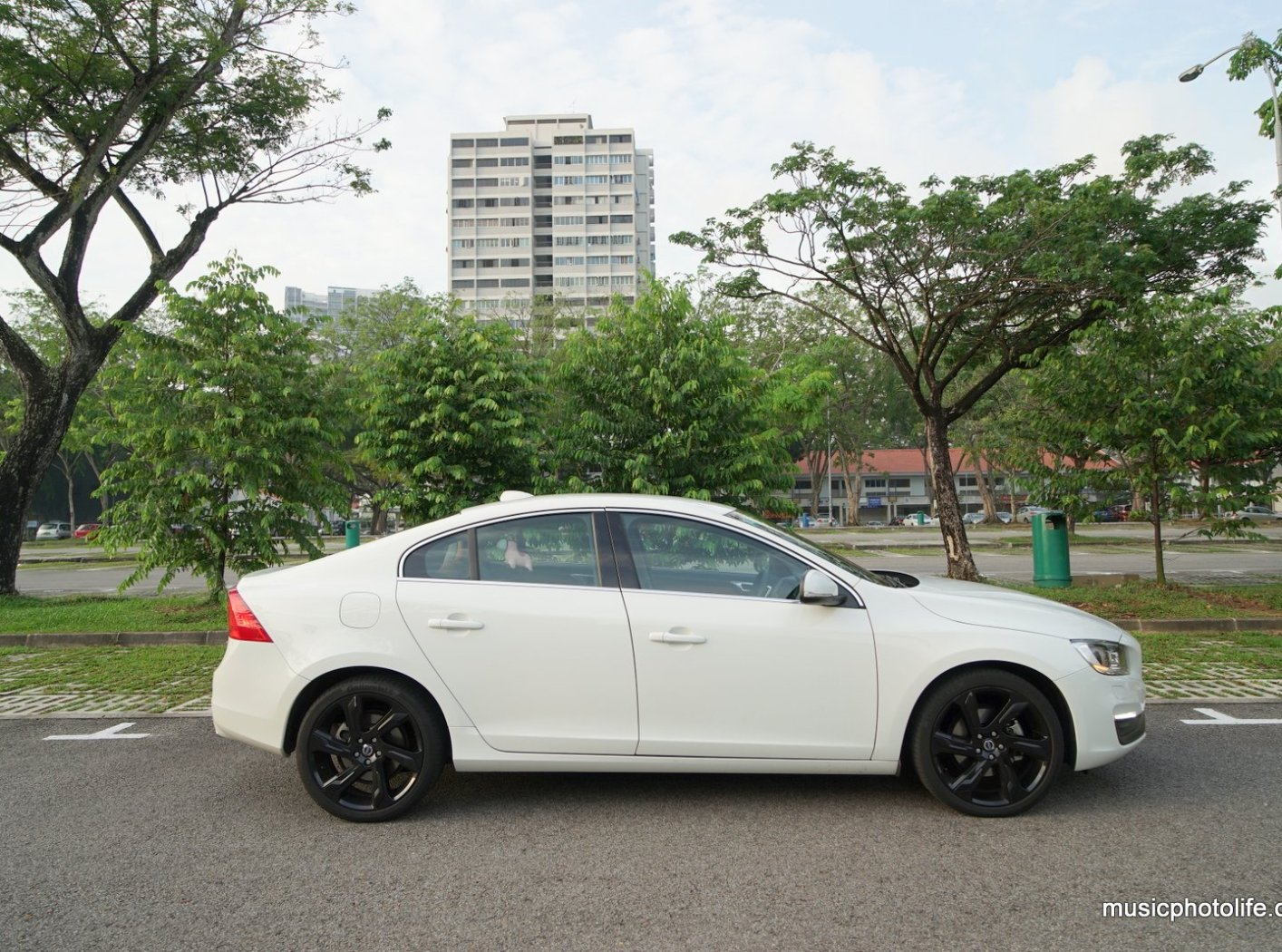 Volvo S60 T5 Drive-E (2015): Sports Sedan Test Drive Review