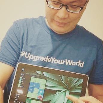 Windows 10 #upgradeyourworld