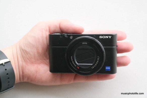 Best Travel Camera: Sony RX100 IV