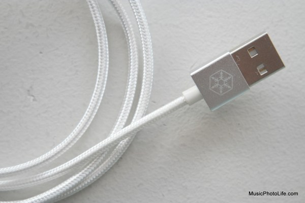 SilverStone CPU01 CPU03 reversible USB cable
