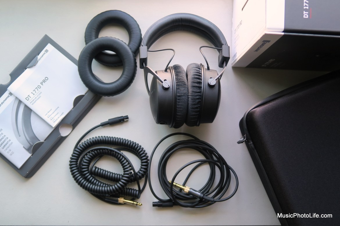 Beyerdynamic DT 1770 PRO cables and accessories
