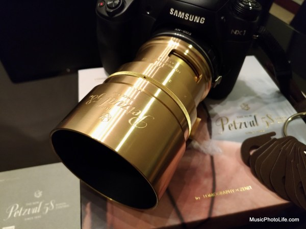 Lomography Petzval 58 close-up
