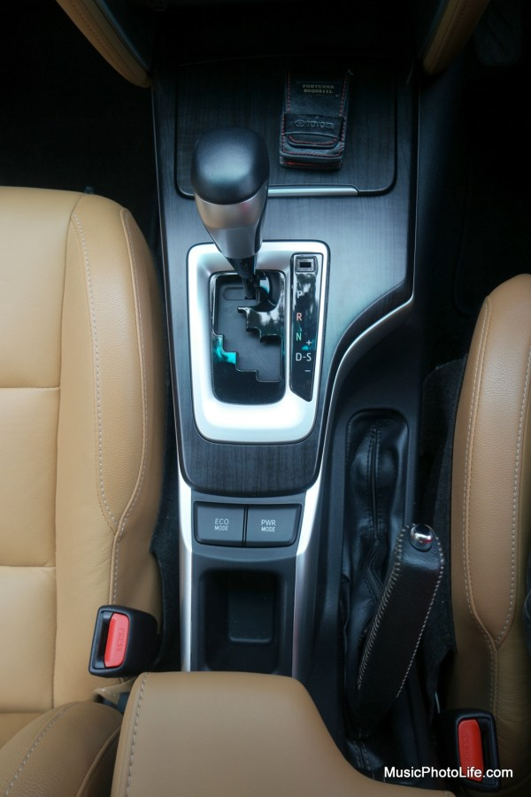 Toyota Fortuner gear shift control