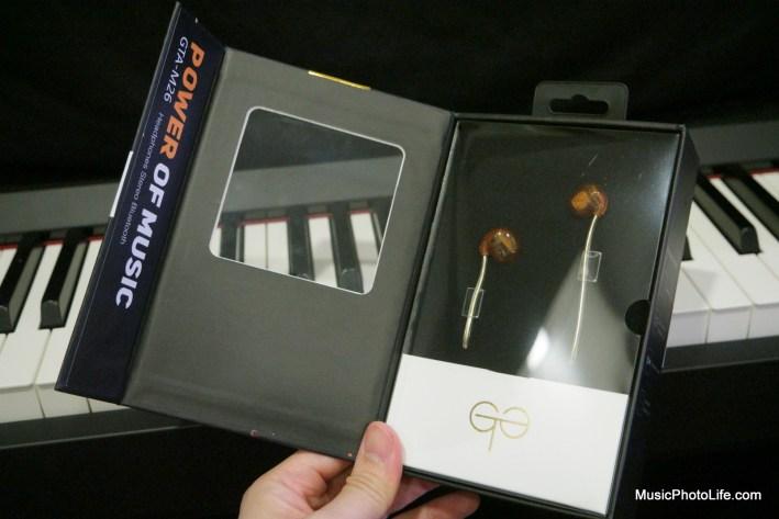 GTA Gold Earphones inside box