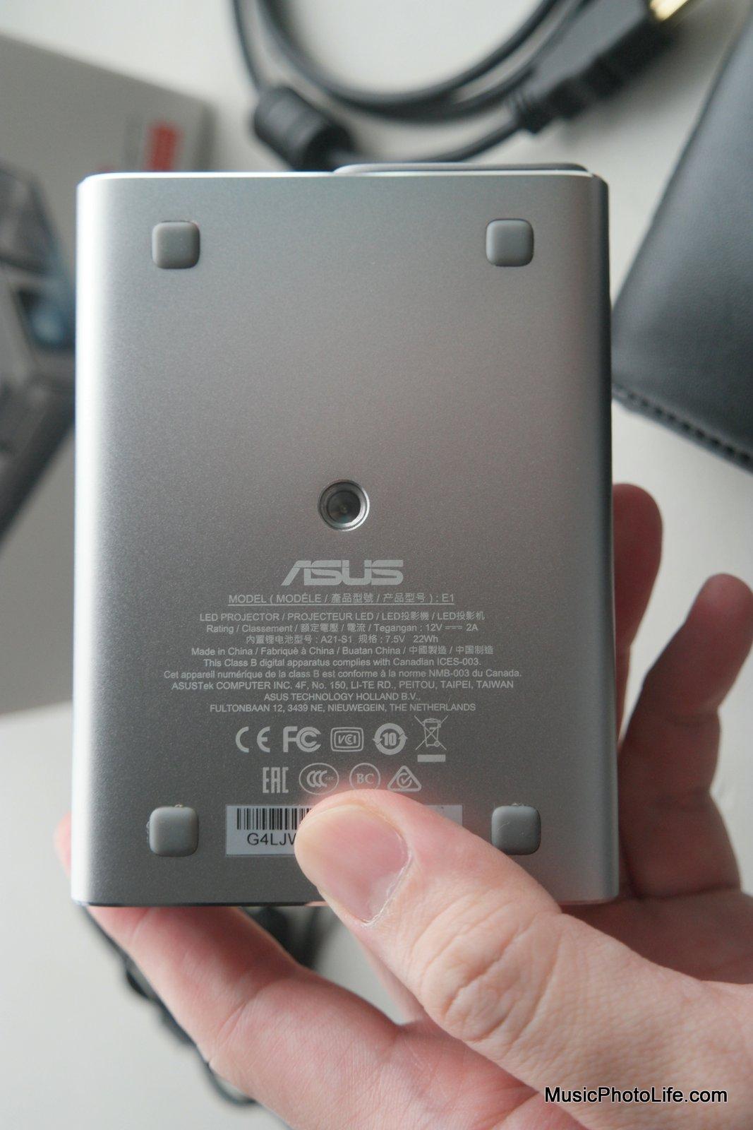 ASUS ZenBeam E1 projector with tripod socket