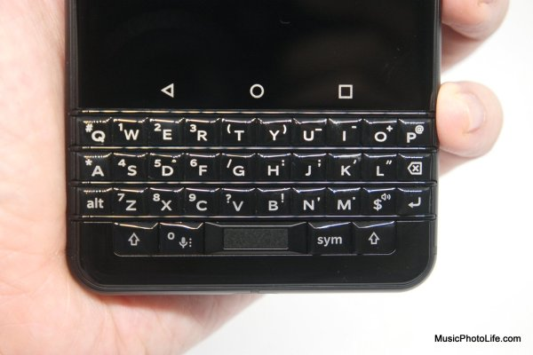 BlackBerry KEYone Black Edition - close up keyboard