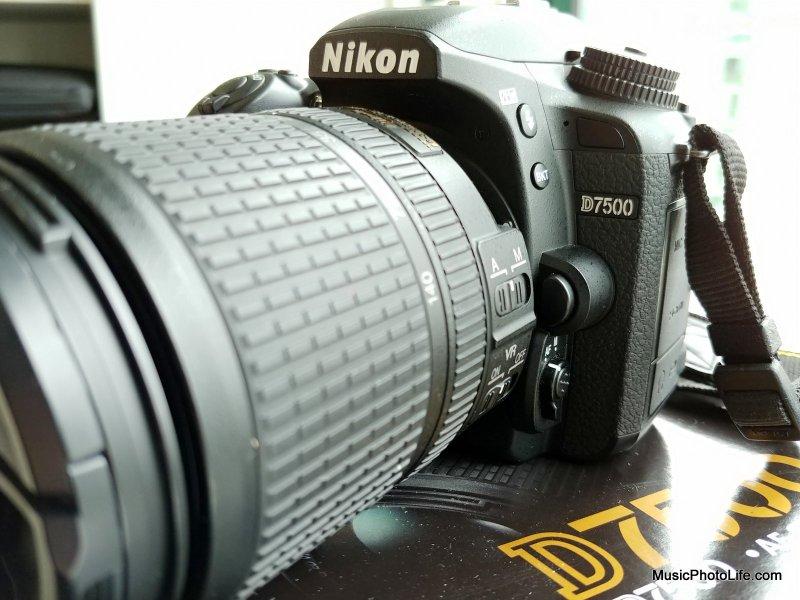 Nikon D7500 side view