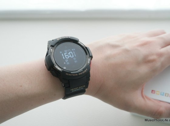 NO.1 F6 Smartwatch review by musicphotolife.com