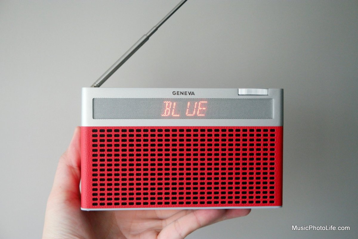 Geneva Touring/S Review: Modern Retro Radio Bluetooth Speaker