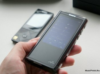 Sony NW-ZX300 Walkman and NWZ-A15 behind