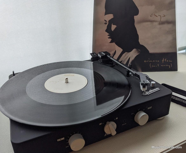 Gadhouse Brad Black Edition playing Enya Orinoco Flow vinyl