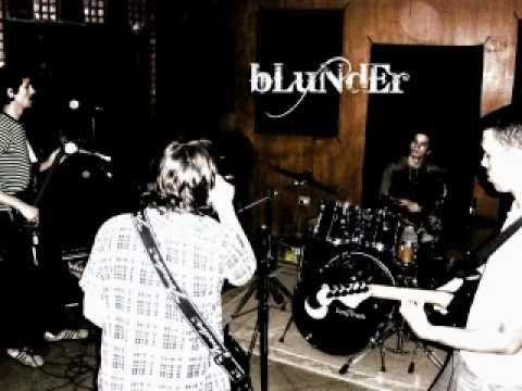 bLuNdEr – Mi Adicción LIVE SESSIONS 2011