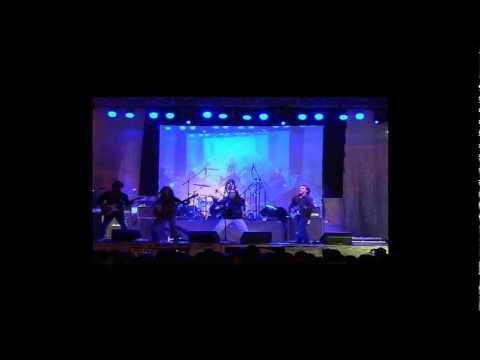 kuervo ,piedra y fuego en vivo galeras rock.