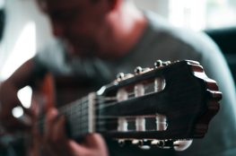 How to Become a Guitar Teacher