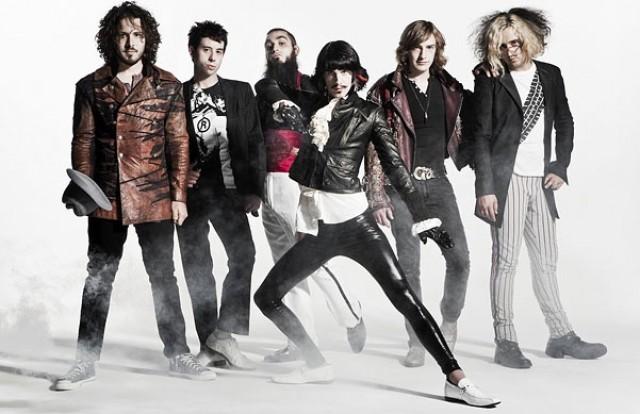 foxy-shazam-band-pic-2012