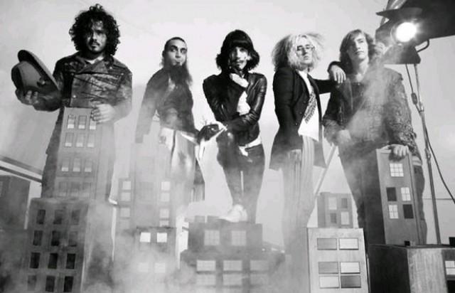 foxy-shazam-band-picture-2012