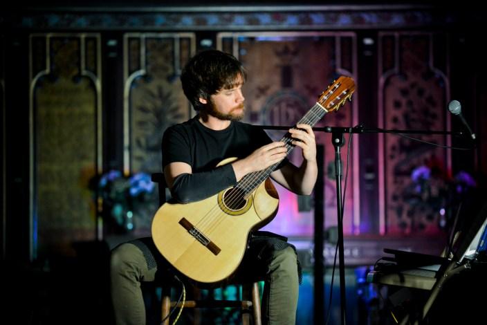 Live Classical Guitarist