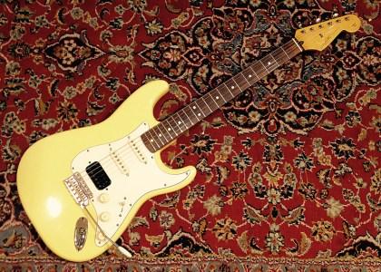 Fender USA California Vintage White