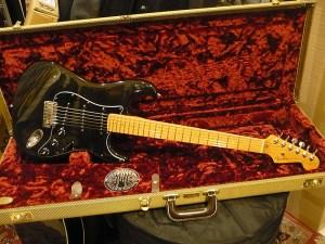 Fender American Deluxe Montego Black 1