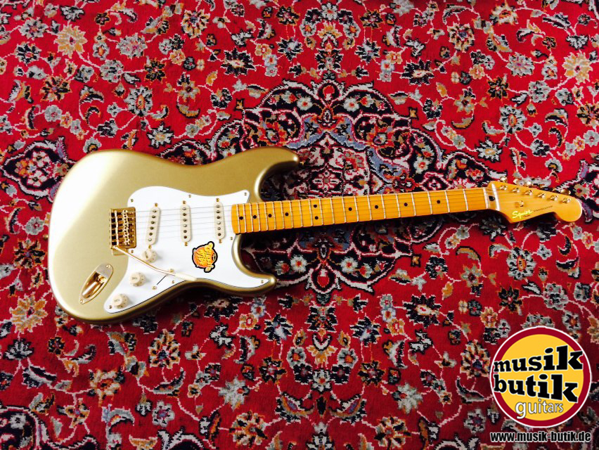 Squier Classic Vibe Stratocaster® '60th Anniversary, Maple Neck Aztec Gold 1