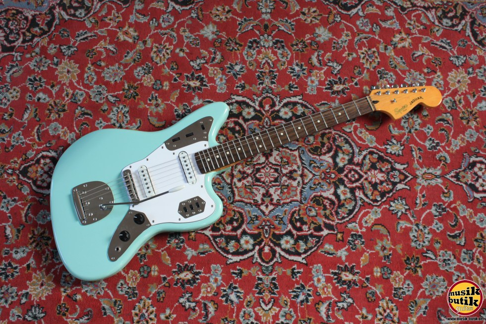 Squier Vintage Modified Jaguar 1