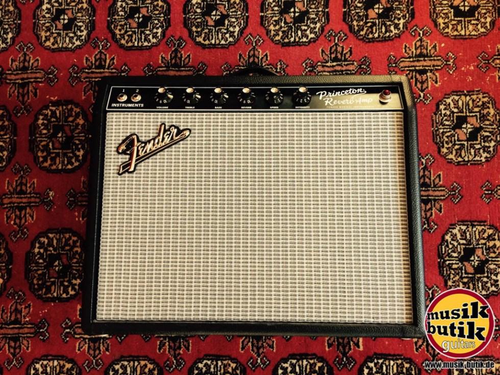 Fender 65 Princeton Reverb Amp.jpg