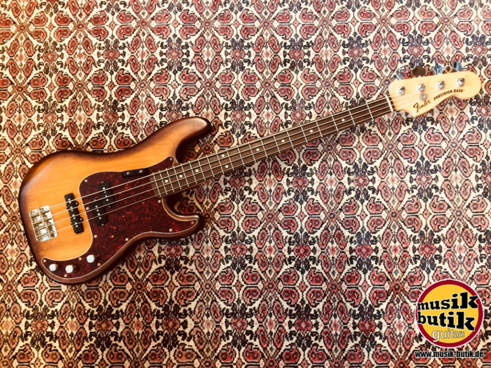 Fender American Precision Bass FSR.JPG