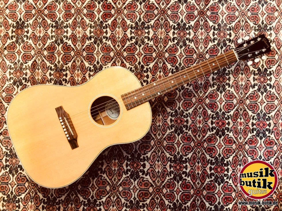 Gibson LG-2 American Eagle.JPG
