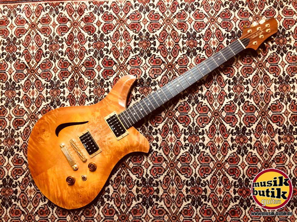 Patrick Eggle Guitars Wave Deluxe.jpg