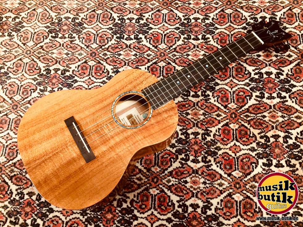 Romero Creations Grand Tenor Koa vollmassiv.jpg