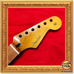 Fender® Roasted Maple Stratocaster Neck 9.5 Maple C Shape 0990502920 2
