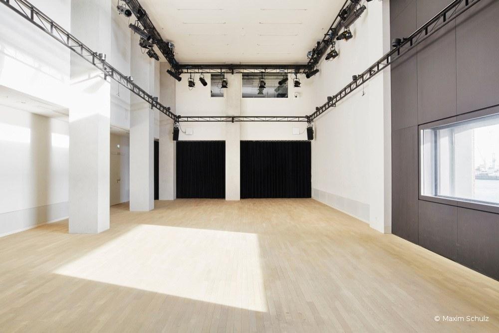 Kaistudio 1 Elbphilharmonie: Erfahrungsbericht zum Instrumentenwelt-Workshop Kreativ Komposition