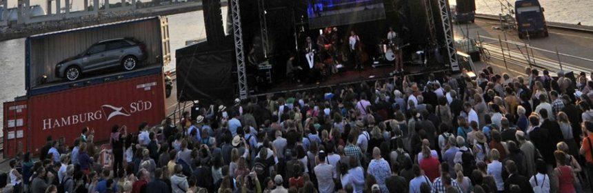 Jazz- oder Auto-Festival. Foto: Quelle neue musikzeitung (Spahrbier)