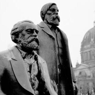 Engels und Marx. Foto: hufner