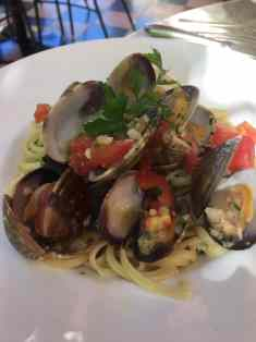 Longhi's Linguine with Clams