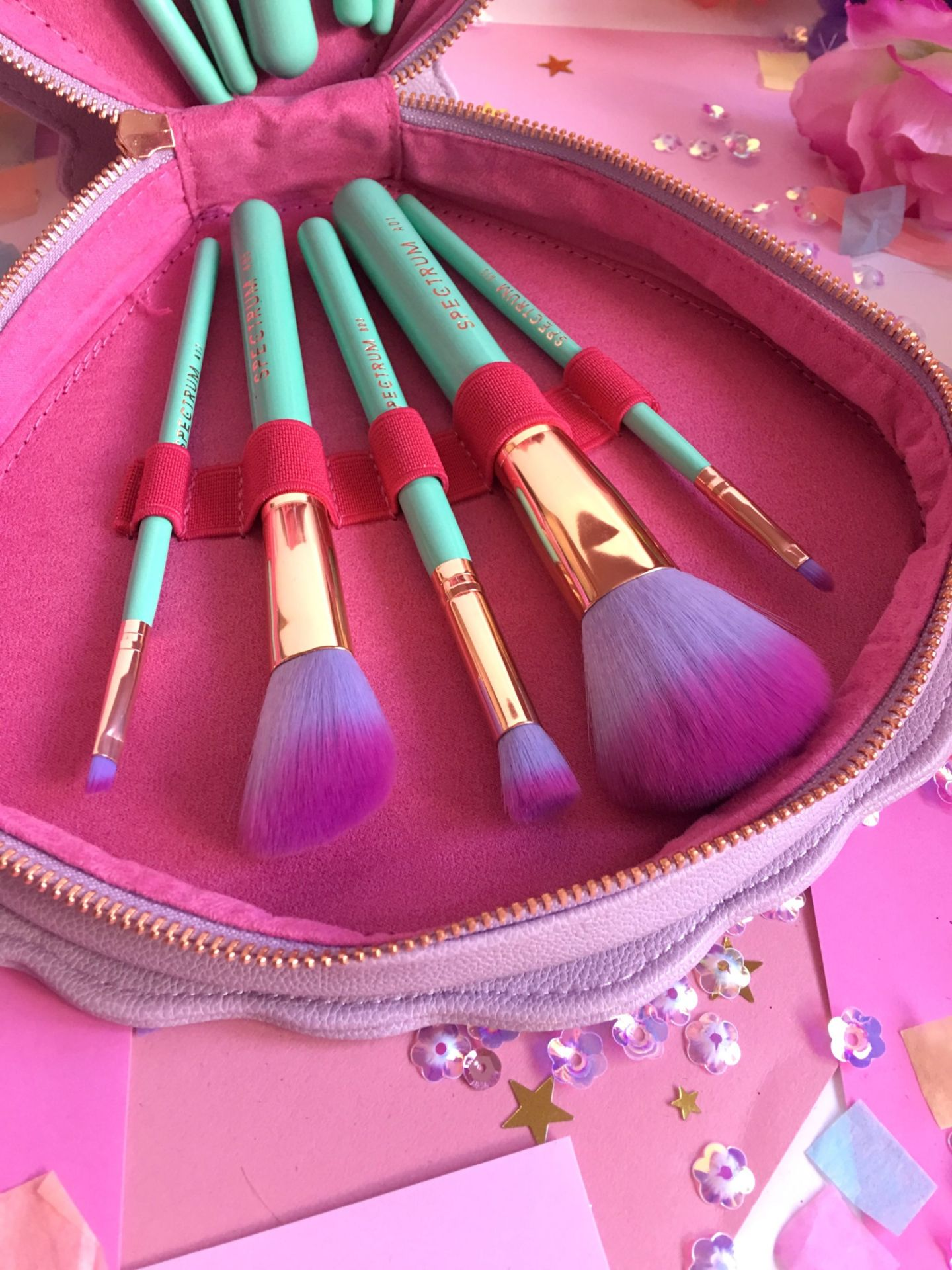 Spectrum Glam Clam Brushes (14)