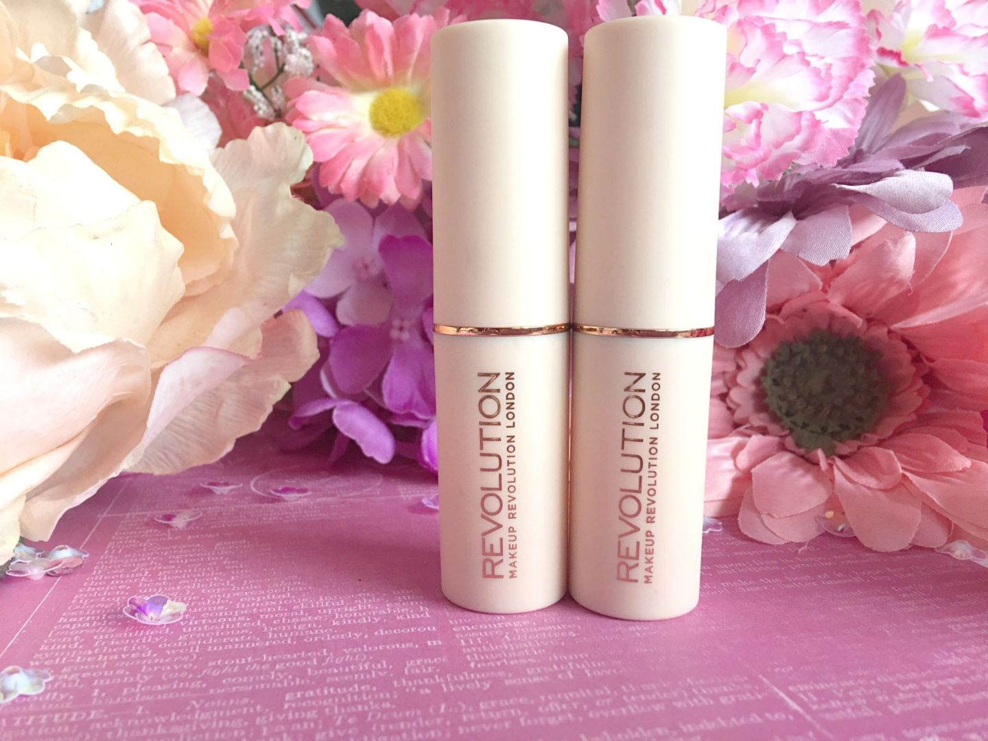 Makeup Revolution Fast Base Foundation Stick (4)